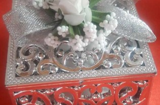Model : kutu motif gümüş